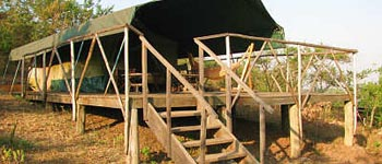 Original East African Safari tented camps with bathrooms en-suite